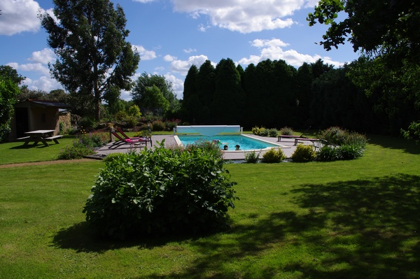 La piscine chauf e location week end et vacances en for Bretagne piscine
